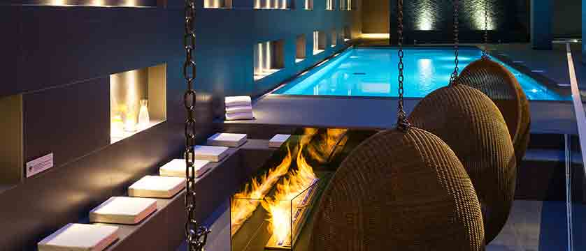 Hotel Heliopic, Chamonix, France - spa area, swimming pool.jpg